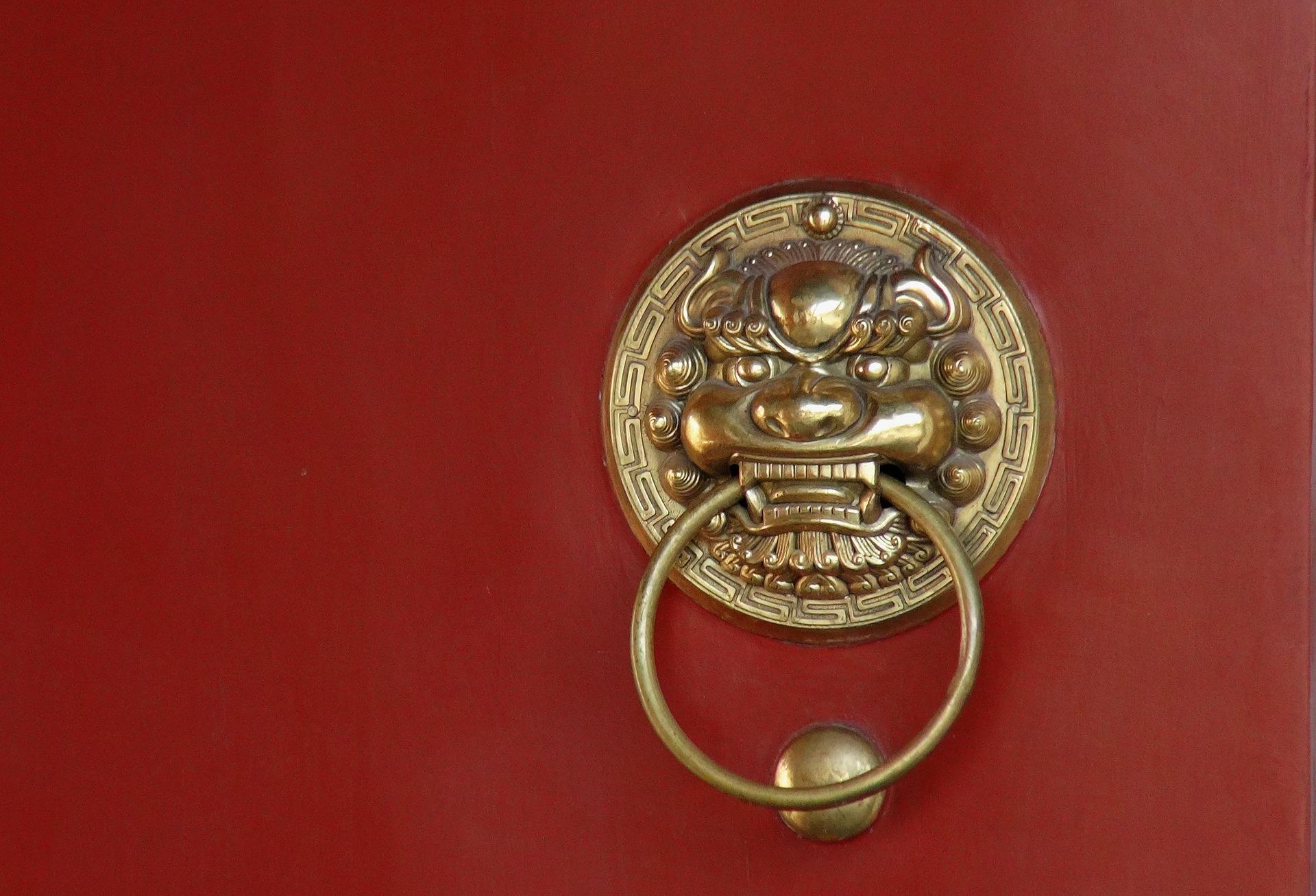 door-knocker-4894439_1920